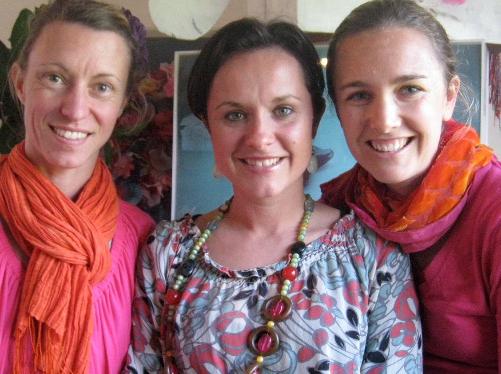 3 friends leading a Creative Day for Women